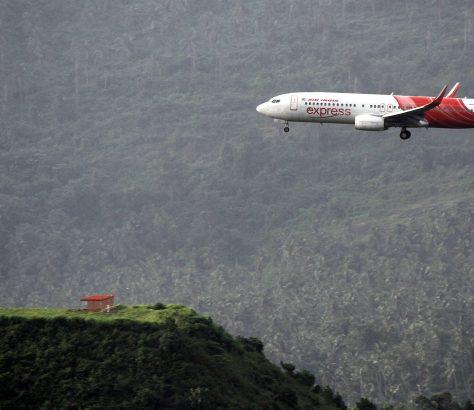 AirIndia_Express_Landing_Calicut