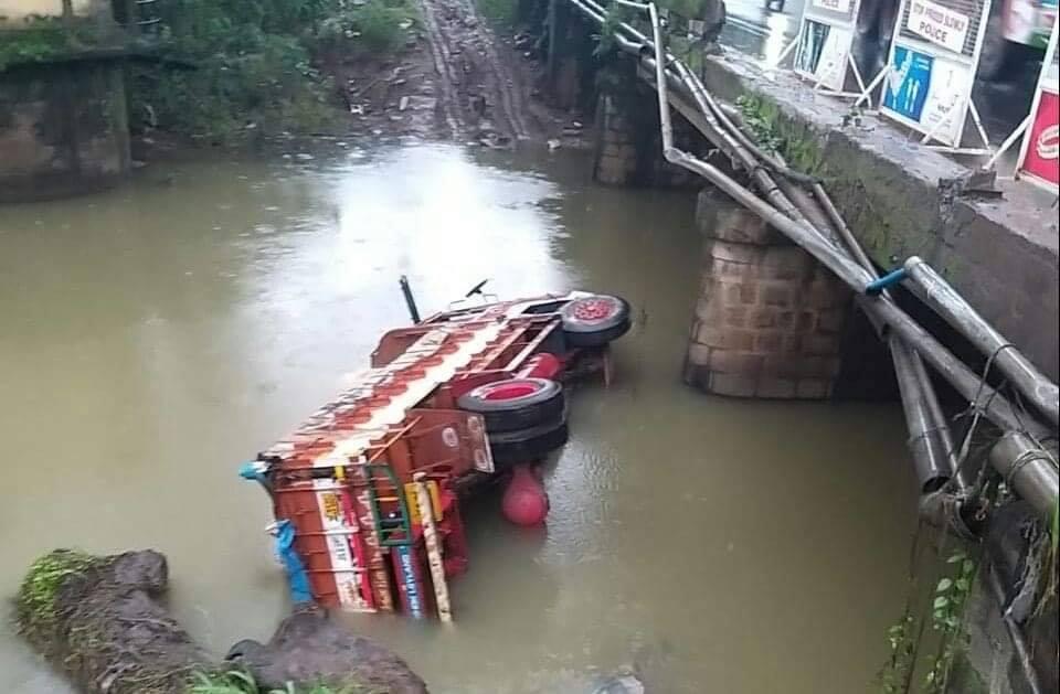 orodampalam-truck accident