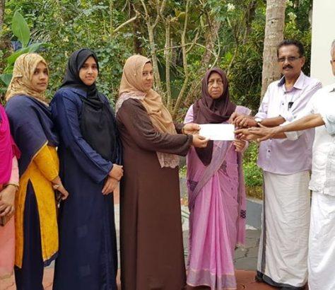 vanitha-league-kottakkal-donation
