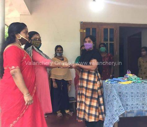 mahila-morcha-mask-vaikathoor