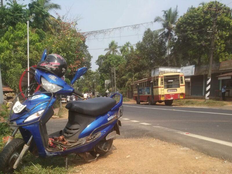 abudhabipadi-scooter-bus-accident