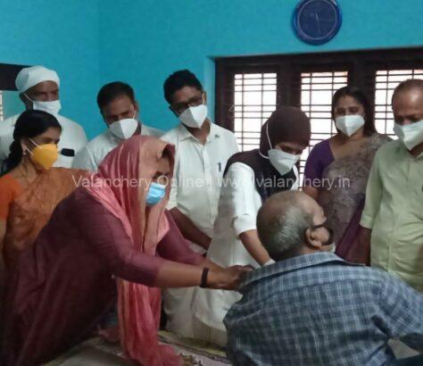vaccine-irimbiliyam-elder