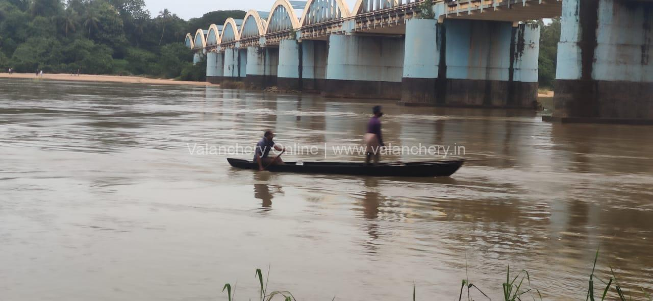 kuttippuram-river-bridge-rescue
