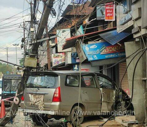 innova-accident-kunnummal