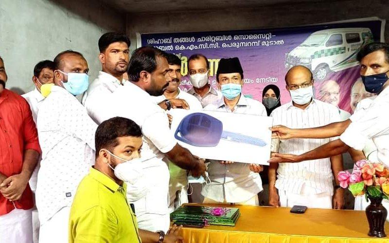 moodal-ambulance-shihab-thangal