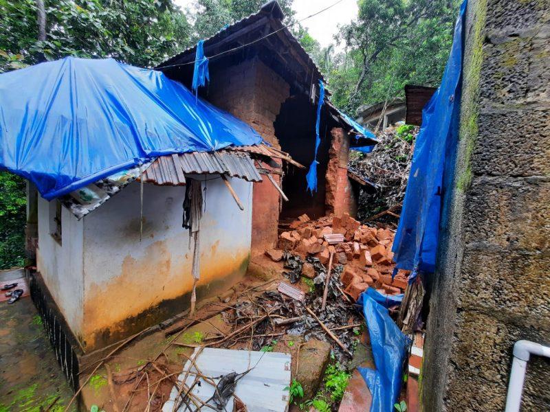 house-irimbiliyam-rain